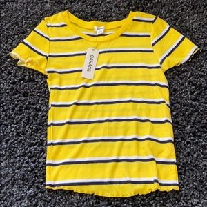 YELLOW STRIPPED CROPPED TEE